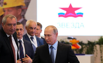 Vladimir Putin during a visit to Zvezda shipyard.