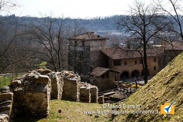 Monastero di Torba e cinta muraria
