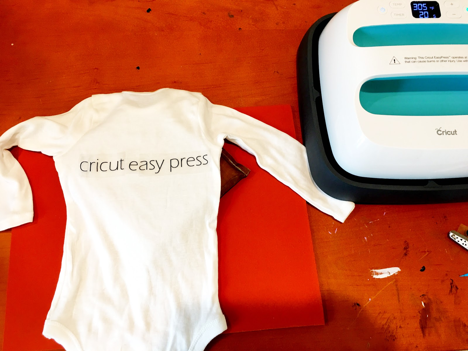 Cricut EasyPress Review (and a Beginner Tutorial