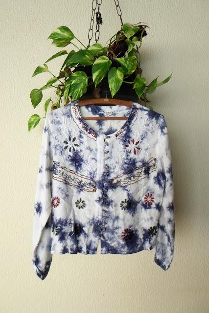 Blusa ou bata indiana tie-dye importada bordado