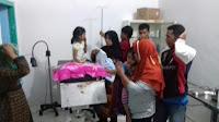 <b>Usai Santap Nasi Kotak Sejumlah Pelajar SD di Donggo Diduga Keracunan</b>