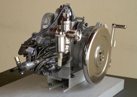 Moto Guzzi Normale engine - front