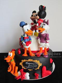 disney caracters cake