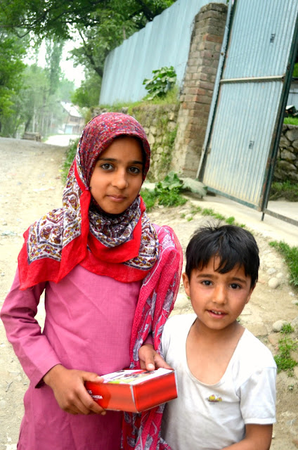 brother and sister from kashmir