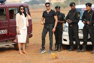 Ganesh Venkatraman Swetha Menon Starring Inaiyathalam Movie Stills  0006.JPG