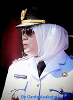 <b>Bupati Bima Warning Pegawai Agar Hati-Hati Gunakan Sosmed</b>