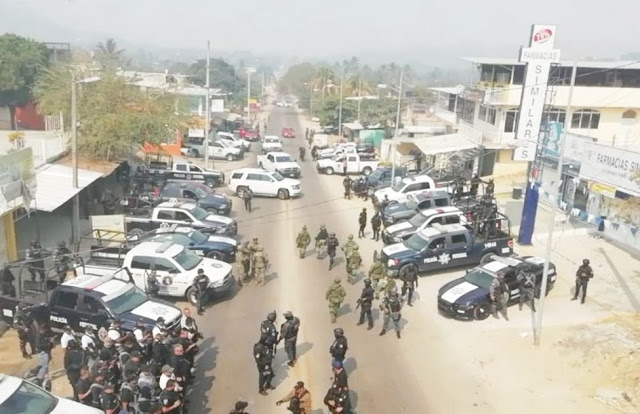 Fotografías, Feroz ataque en Altianguis Guerrero, cientos de Federales, Estatales ,Militares Marinos  interviene para controlar la Zona