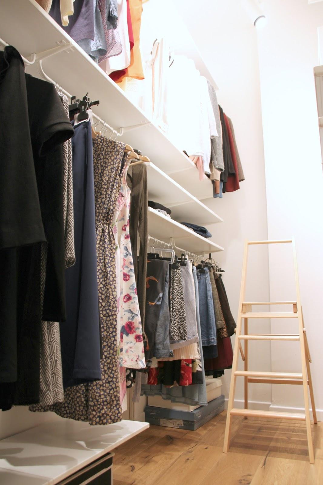 Cabina armadio piccolo spazio ben organizzato alessia for Piccolo costruttore di cabina
