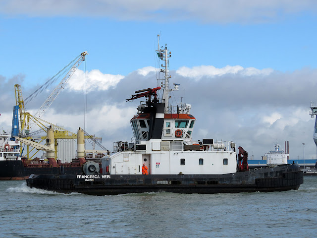 Tugboat Francesca Neri, IMO 9239290, port of Livorno
