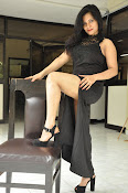 Revathi chowdary new sizzling photos-thumbnail-5