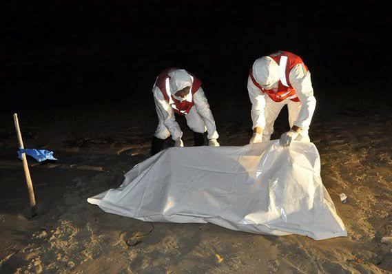 Photos: Bodies of 17 African migrants wash ashore