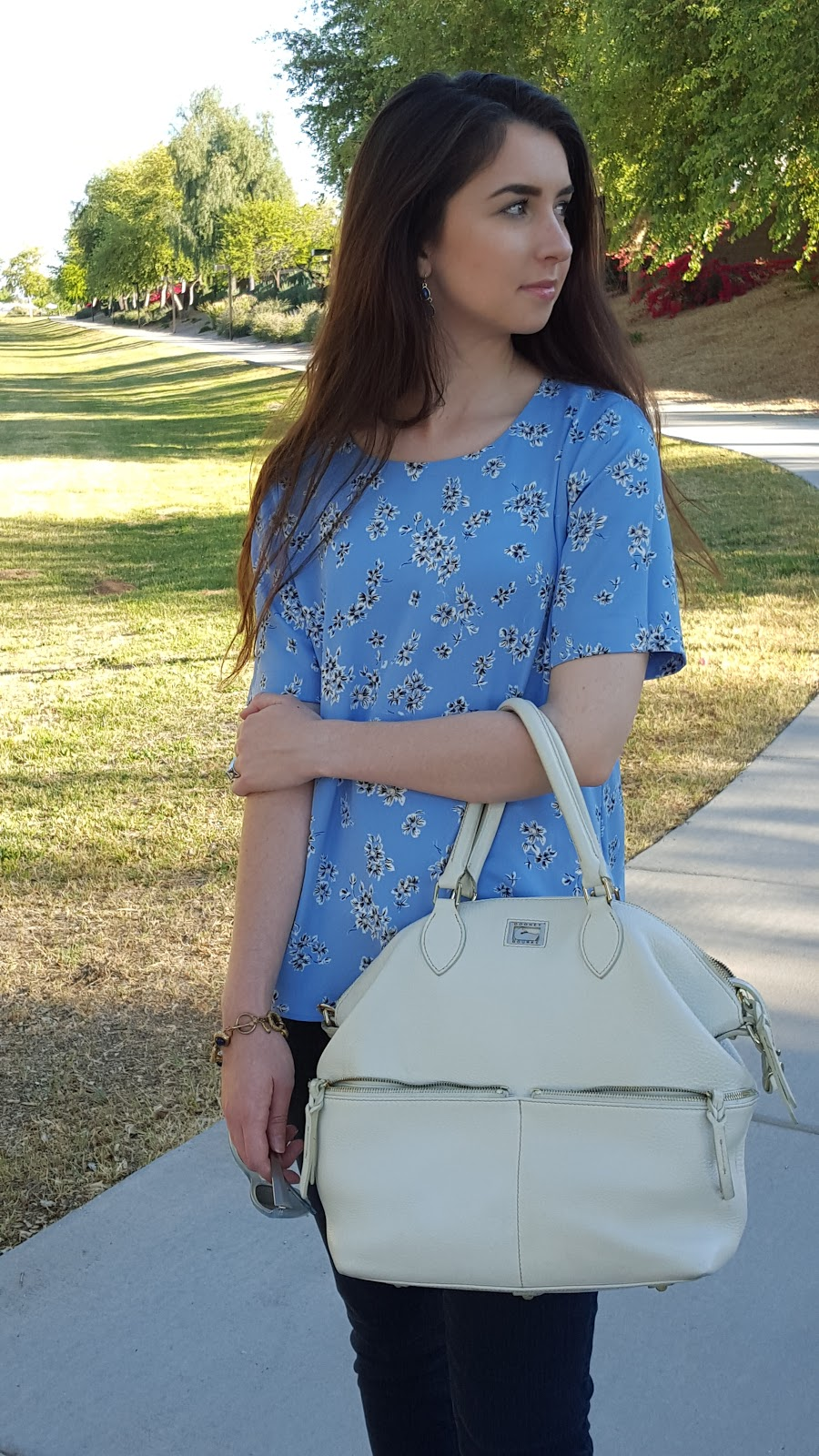 blue florals and a white handbag for a cute Spring outfit