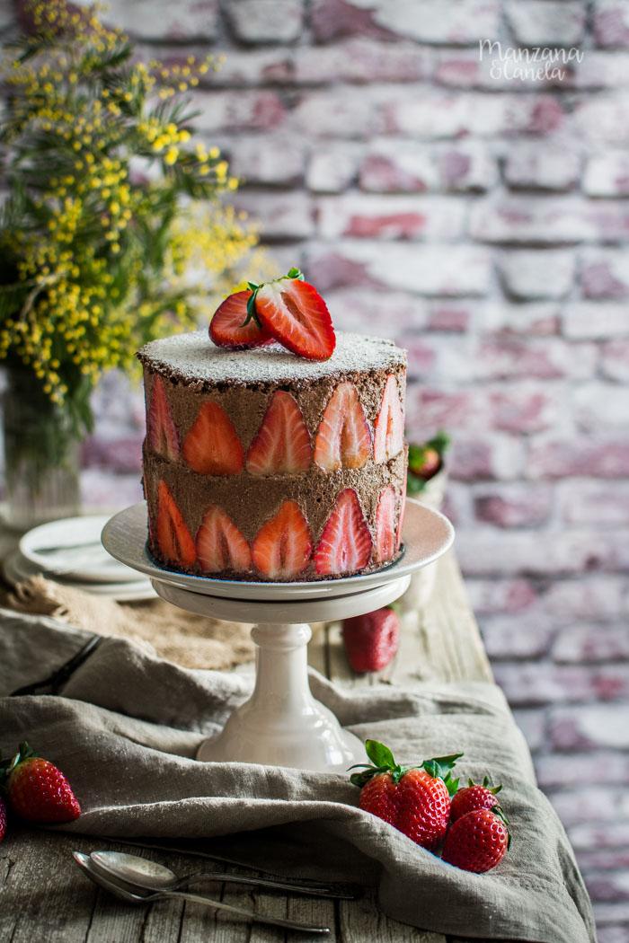 Tarta de fresas y mousse de chocolate