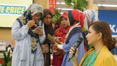 Gang Rusuh sedang diskusi total harga produk