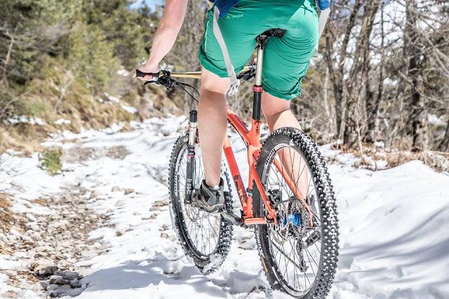 cima tignalga biketouren im schnee gardasee mtb