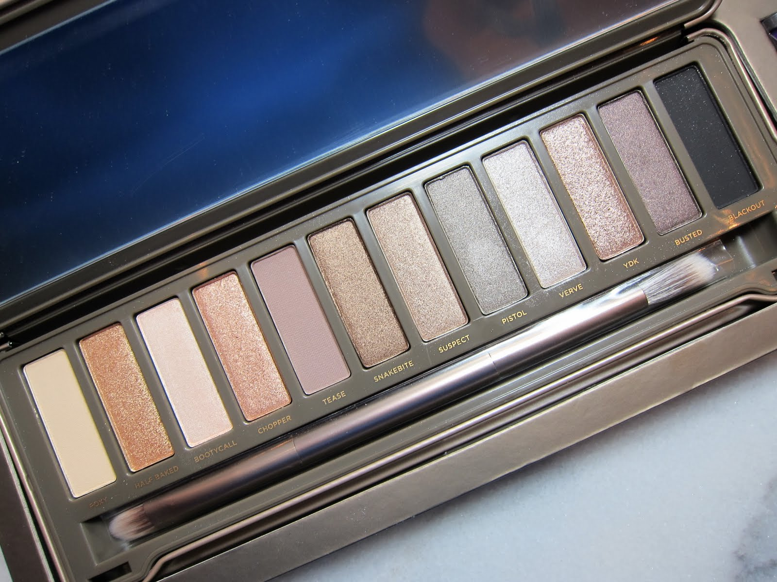 Urban Decay Vice 2 Eyeshadow Palette Review, Photos ... |Urban Decay Palette 2