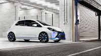 Toyota Yaris Hybrid-R concept front side
