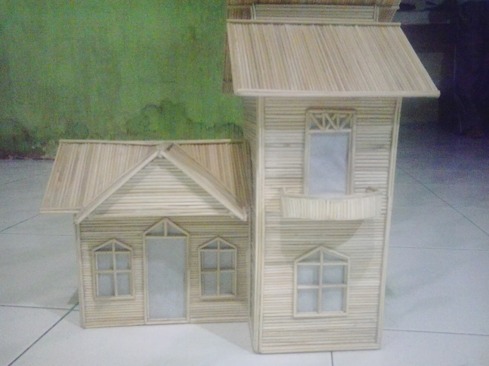 Duniaku: Miniatur Rumah Dari Tusuk Sate