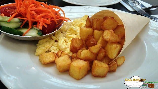 fried potato cubes and eggs