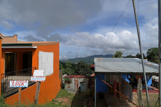 View between two buildings in Puriscal.