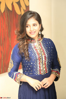 Anjali looks super cute at Chitrangada Pre Release Function March 2017 014.JPG