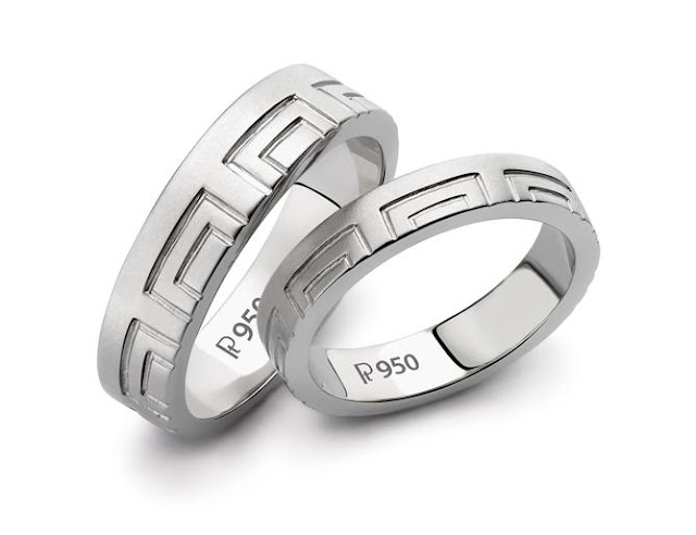 Platinum Love Bands for less than Rs. 20,000 by Jewelove. Design Code : SJ PTO 131