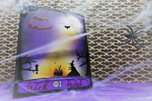 tarjeta realizada con embossing y distress ink