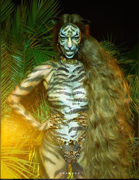 tyra-banks-fierce-as-tiger-for-paper-magazine-photos