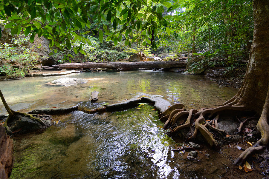 wodospady erawan, kanchanaburi