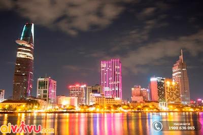 Thành phố Hồ Chí Minh sôi động và náo nhiệt