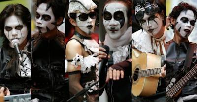Download Lagu Kuburan Band - Tak Mungkin Mp3 Singgle Terbaru