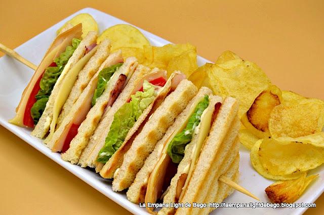 Sándwich Club de Pavo