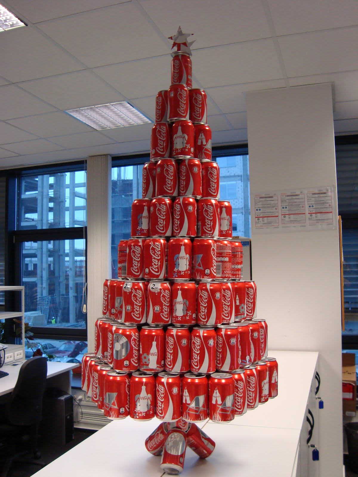 And the best christmas tree goes to