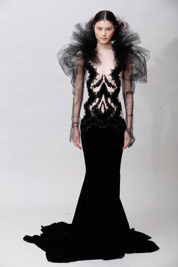 5669b1107e2 Marchesa Fall 2011. Marchesa once again sticks to what Georgina Chapman  knows and even though there are no surprises, it's a gorgeous collection  full of red ...