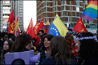 banderas,manifestacion,valencia,8M,feminista,mujer