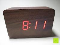 Erfahrungsbericht: kwmobile Wecker Digital Uhr aus Holz mit Geräuschaktivierung, Temperaturanzeige und Tastaktivierung