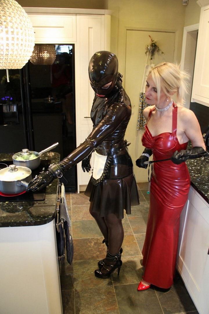 Slave housework femdom — photo 5