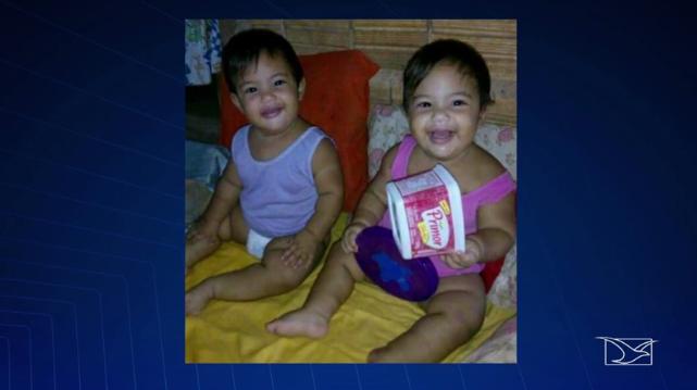 bebes gêmeas