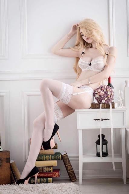 Hot girls Kimberlly big breast 32E model from Taiwan 8