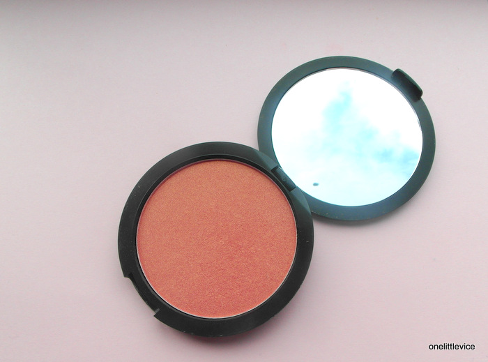 colour powder blusher review swatch fotd