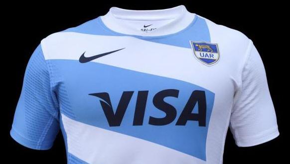 beb69428a4 Presentaron la nueva camiseta de Los Pumas