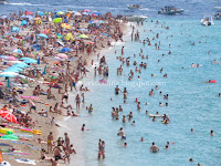 plaža Zlatni rat Bol slike otok Brač Online