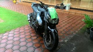 BURSA MOGE BEKAS:  Kawasaki Z1000 2012 Black Edition - SURABAYA