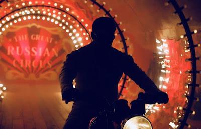 Salman Khan Bharat Movie | सर्कस में स्टंट करते दिखे सलमान