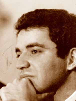 El ajedrecista Garri Kimovich Kaspárov, foto y firma