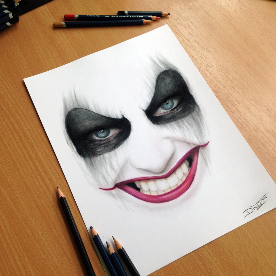 19-Harley-Quinn-Pencil-Drawing-Dino-Tomic-AtomiccircuS-Drawing-Painting-Tips-and-Digital-Art-www-designstack-co