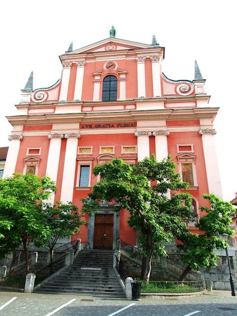 Crkva posvećena devici Mariji