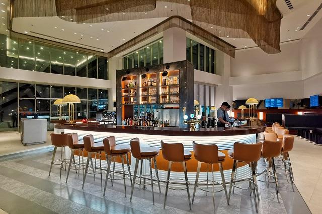 Tapz Lobby Bar at DusitD2 The Fort, Manila BGC