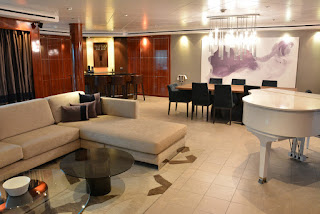 Owners' suite aboard Norwegian Pearl