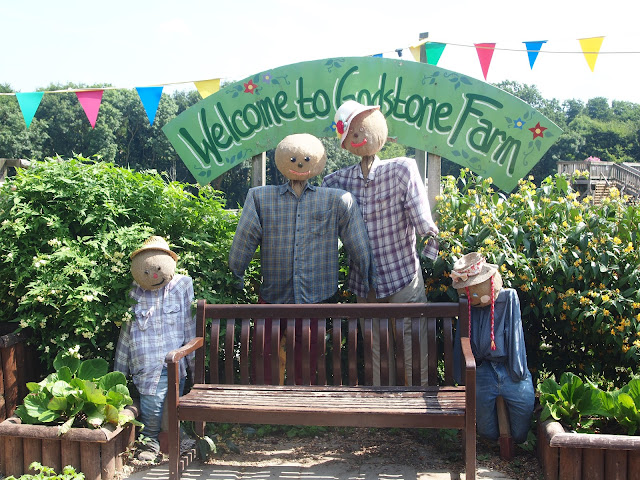 Godstone Farm, Surrey Review - entrance
